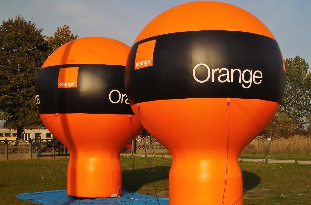 Dekoracje balonowe i reklamy pneumatyczne na eventy firmowe – sprawdź nasze propozycje na lato 2021!
